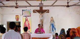 India, Mass, Catholics in India